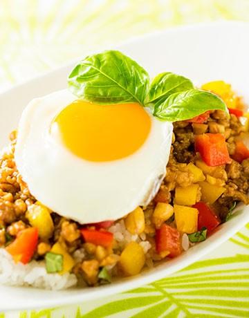 タイ風 鶏と野菜の炒め