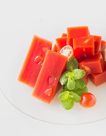 真っ赤なトマトゼリー